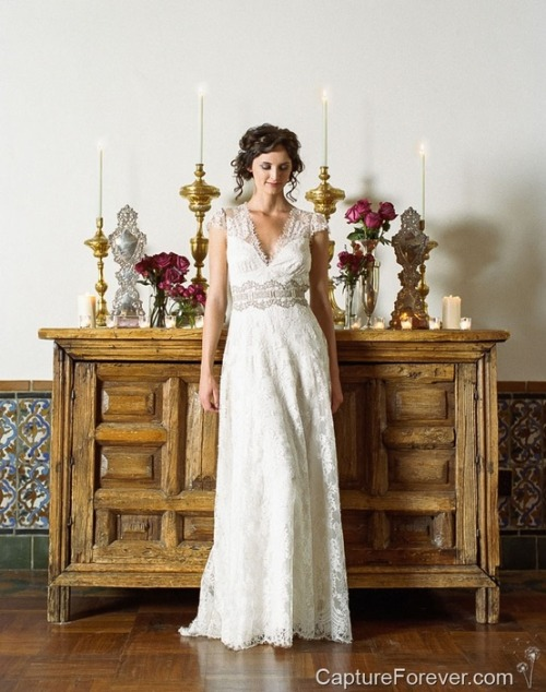 Claire Pettibone 'Bridgette' wedding gown   Photo: David Savinski for Capture Forever photographed at Los Poblanos Historic Inn & Organic Farm