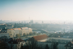 fancyfinefox:  Prague (by remaininglight)