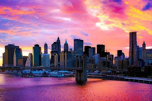 The Brooklyn Bridge under a hazy, purple sky :-) auf We Heart It. http://weheartit.com/entry/62130541/via/TeriMarciel3