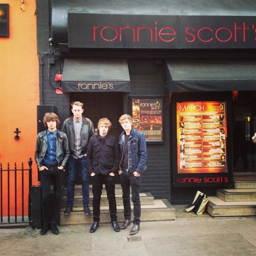likelyladsband:  Team photo at Ronnie Scott's