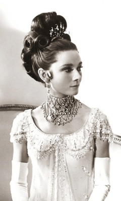 if-the-jimmychoo-fits:  I've always loved this picture of Audrey!