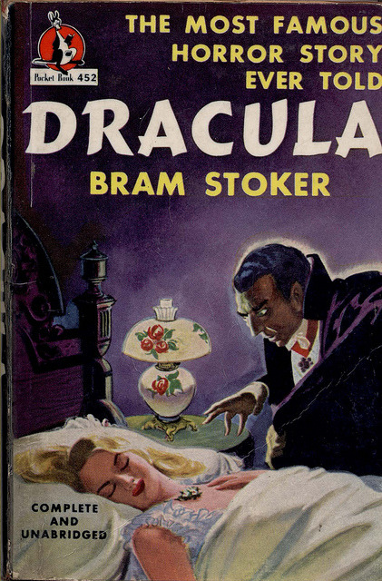 Dracula - Bram Stoker  - Pocket  Books 452 (1947) A very Bela looking Dracula here….