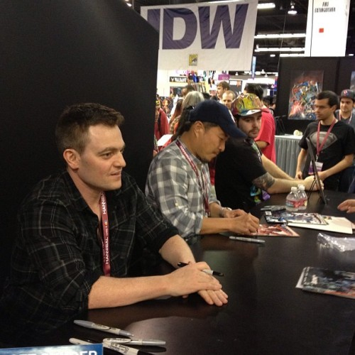 Scott Snyder and Jim Lee. @scottsnyder @jimlee @dccomics #dc #comics #batman #bestcomicstoreever (at WonderCon 2013)