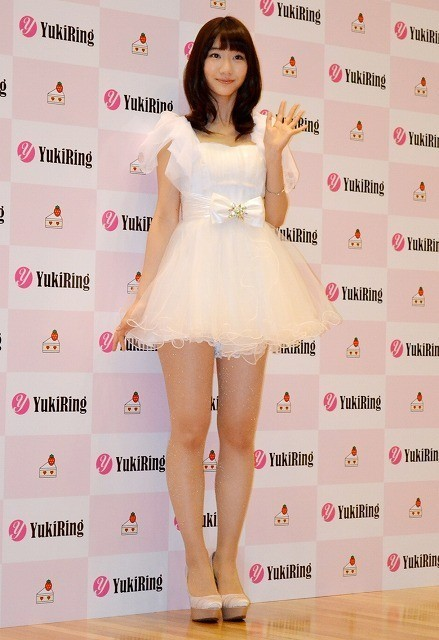 Beautiful Princess Yukirin. Photo taken during her press conference celebrating the release of her solo single Short Cake. Congratulations Yuki Kashiwagi, the Idol of idols!