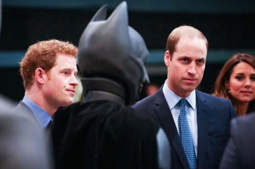 "Takes concentration to ignore ""Batman"", Kate gives in…"