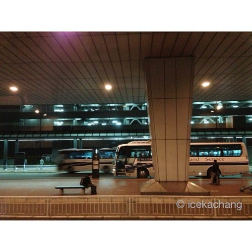 [Night in Tokyo, Japan] 01: Bus station, Narita Airport, in Japan. #night #nightime #nightshot #nightphotography #airport #japan  (at 成田国際空港 第2ターミナル (Narita International Airport Terminal 2))