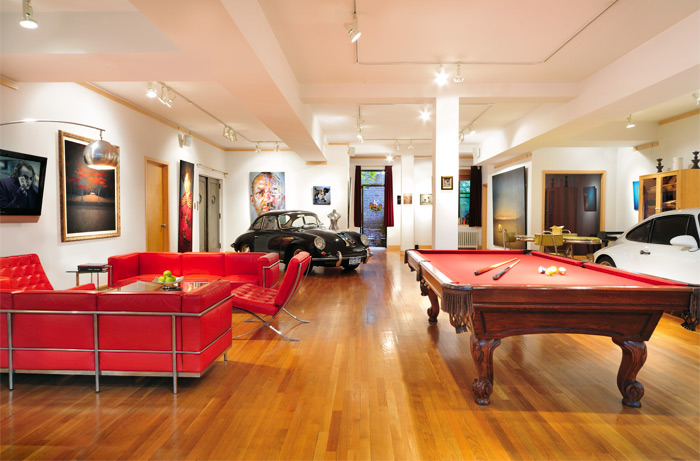 "swissstash:  ""And they got a pool table too."""