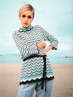 the60sbazaar:  Twiggy modelling at the beach