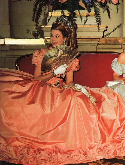 graceandfamily:  Monte-Carlo Century Ball. Princess Grace of Monaco. 1966.  dosesofgrace: I had always wanted to have this picture in such great quality! Thank you!