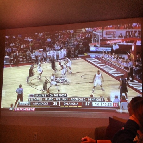 Best way to watch the #kstate game? Projected on the wall. #almostlikebeingthere #emaw
