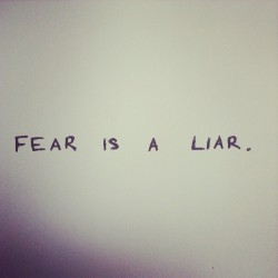FEAR IS A LIAR ll #fear #itsprettysimple #blackandwhite #iwantthisonatshirt #hakei #quote #iwanttogosurfing