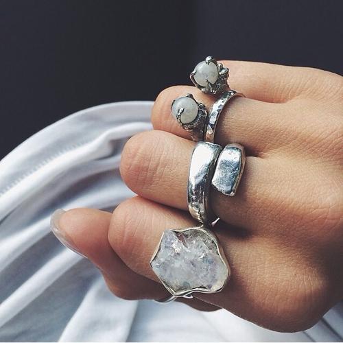 paholaslookbook:  Rings!