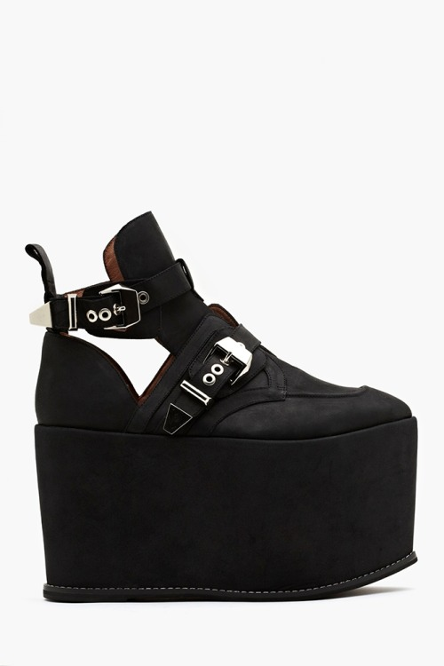 i might die if i don't own these shoes