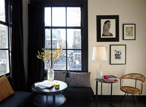 black accents (via desire to inspire -  Maison Rika)