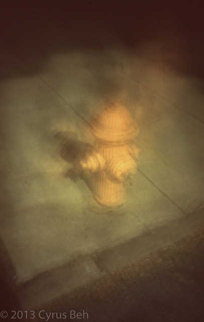 Hydrant blurred on Flickr.