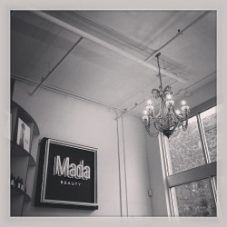 #mada #madabeauty #salon #hair #gettingmyhairdid #portland #style #newhair #blonde #chandelier #bw ignation #instafamous #instamazing (at Mada Beauty)
