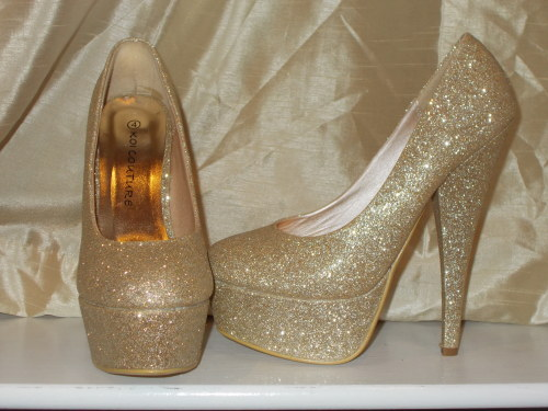 boyhavefaithinme:  My shoes I bought to wear for my eighteenth!