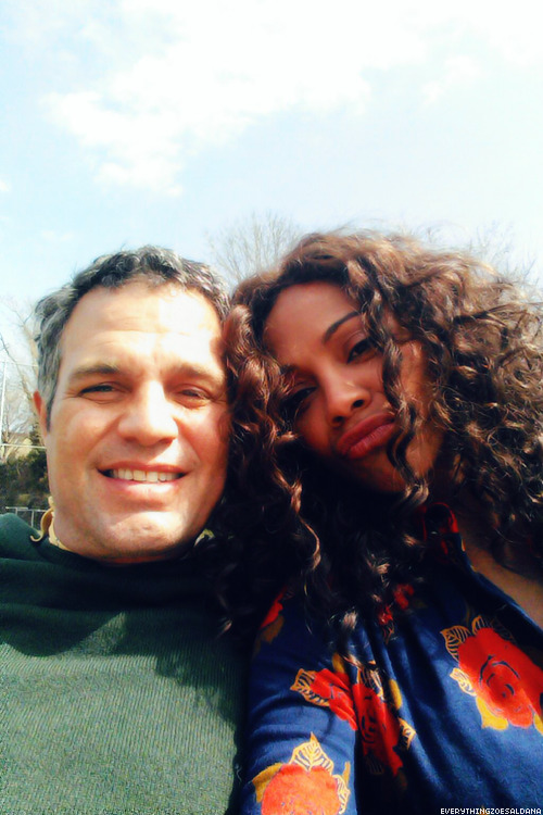 everythingzoesaldana:   Zoe Saldana & Mark Ruffalo on the set of Infinitely Polar Bear.