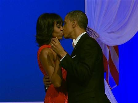 Once again, Michelle Obama dazzles in inaugural gown by Jason Wu By Laura T. Coffey and Meena Hart Duerson, TODAY, today.com Updat­ed at 9 p.m. ET:For the sec­ond time, first lady Michelle Obama donned a daz­zling gown designed by Jason Wu for inau­gu­ra­tion night.Mrs. Obama sashayed and swayed in the cus­tom ruby-colored chif­fon and vel­vet gown while…  All I need is for Mr. President to wear a G-MO shirt for one day and I'm good.