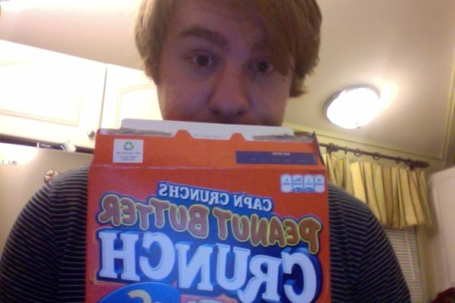 YAY CEREAL BEFORE BED.