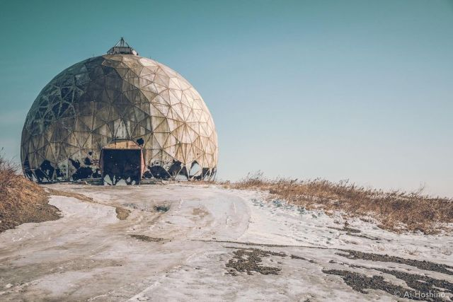 とある丘の上のレーダーサイト。 . . . . . . #architecturephotography #apocalyptic #darktourism  #ussr #旧共産遺産 #urbex #architecture #soviet #urban3p #building #architecturedesign  #ссср #залазий #soviettours  #photooftheday #sovirttravel #architecture_best #sovietlife #sovietrussia #shadows #тлен #сталкер #travelphotography #ruins #traveltheworld #заброшеннаяцерковь #architect #заброшеннаяусадьба #architecturelovers  #buildingphotography (Russia) https://www.instagram.com/p/CP8CPfSH3YD/?utm_medium=tumblr #architecturephotography#apocalyptic#darktourism#ussr#旧共産遺産#urbex#architecture#soviet#urban3p#building#architecturedesign#ссср#залазий#soviettours#photooftheday#sovirttravel#architecture_best#sovietlife#sovietrussia#shadows#тлен#сталкер#travelphotography#ruins#traveltheworld#заброшеннаяцерковь#architect#заброшеннаяусадьба#architecturelovers#buildingphotography