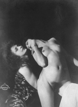 Frantisek Drtikol- Two Female Models, 1920s. photo postcard (from Vladimir Birgus. The Photographer Frantisek Drtikol. Prag 2000 )