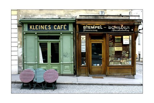 04-ever:    a perfect Viennese coffee spot. This city might not have everything but certainly distinctive character.