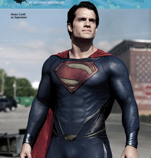New 'Man Of Steel' Images Feature Zod, Jor-El, Daily Planet, The Kents By Matt D. Wilson The folks over at ComicBookMovie have grabbed seven new images from director Zack Snyder's Man of Steel out of Entertainment Weekly's summer preview issue. They offer fans a slightly clearer look at characters only briefly seen in the trailers: namely Michael Shannon as General Zod and Russell Crowe as Jor-El.A couple characters not seen in the trailers — Lawrence Fishburne's Perry White and Antje Traue's Kryptonian villain Faora — also show up in the shots, alongside characters we've seen plenty of: Henry Cavill as Superman, Amy Adams as Lois Lane, Diane Lane and Kevin Costner as Ma and Pa Kent.Check out the full set on ComicsAlliance!