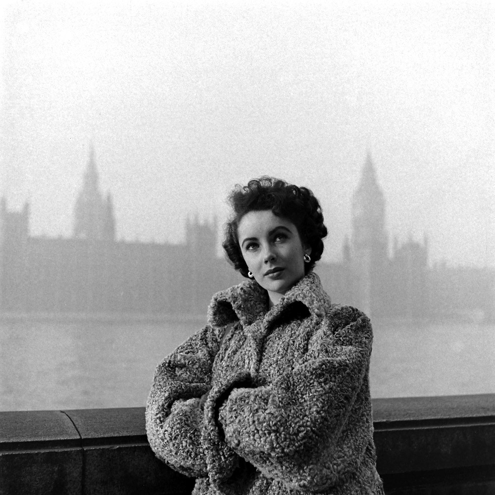 bohemea:  Elizabeth Taylor in London, 1948