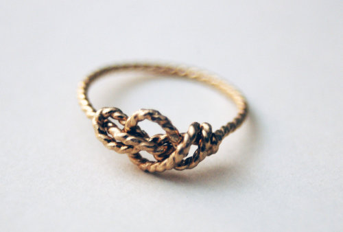 etsyfindoftheday:  etsy find of the day 3 | 5.8.1314k gold-filled sailor's love knot ring by nestedyellow