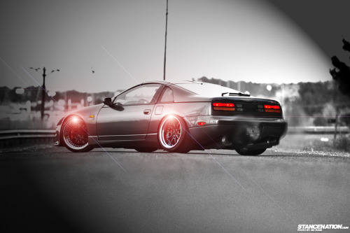 isotope235:  300zx (photoshop by me) - Original and article
