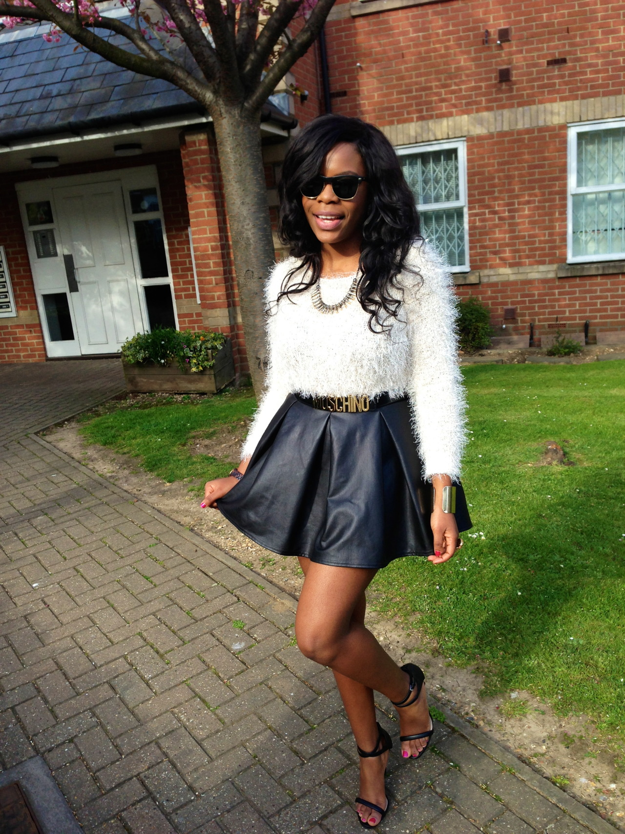 blackfashion:  http://stylebykimberlya.blogspot.co.uk/