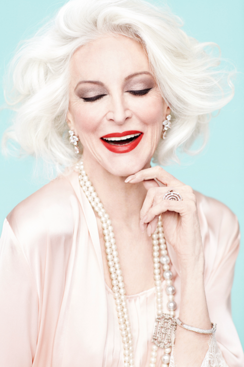 Carmen Dell'Orefice by Gabrielle Revere for Australia's Sunday Life Magazine. I hope I'll look at least a little bit this good when I'm 81…