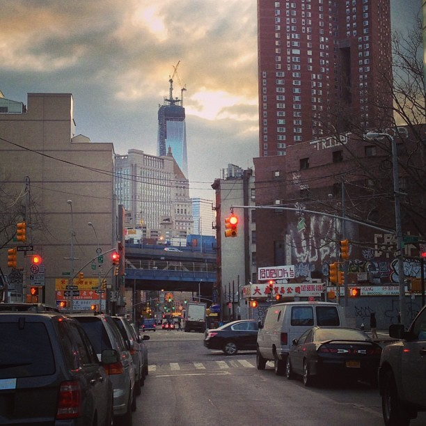 Eye of sauron looking over the city.  #nyc #freedomtower #Manhattan #les