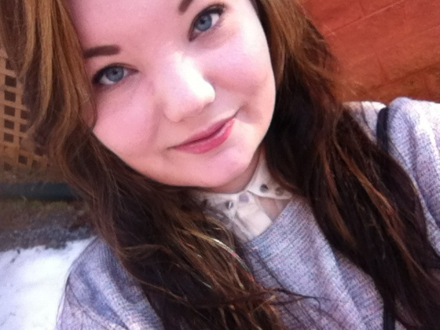 well-there-goes-e3:  Ship me? :) I'm Elli and I'm 18. I'm really down to earth and laid-back. I love seeing people smile, even if I'm not the one to make them smile. I tend to be very sarcastic and witty. I'm kinda weird and awkward hah, but whatever. I like to be in charge and I hate being told what to do. I'm probably one of the nicest people you'll ever meet. I'm super clumsy. My favorite band is Oasis. I sing really loud in the shower and dance like an idiot in the car. I like to bake and I'm a massive soccer/football fan, my favorite club is Liverpool!   Ship: Boyfriend: Zayn Malik  Best Friend in Band: Liam Payne  Best Friend Outside of Band: Ariana Grande  Secret Admirer: Liam Payne