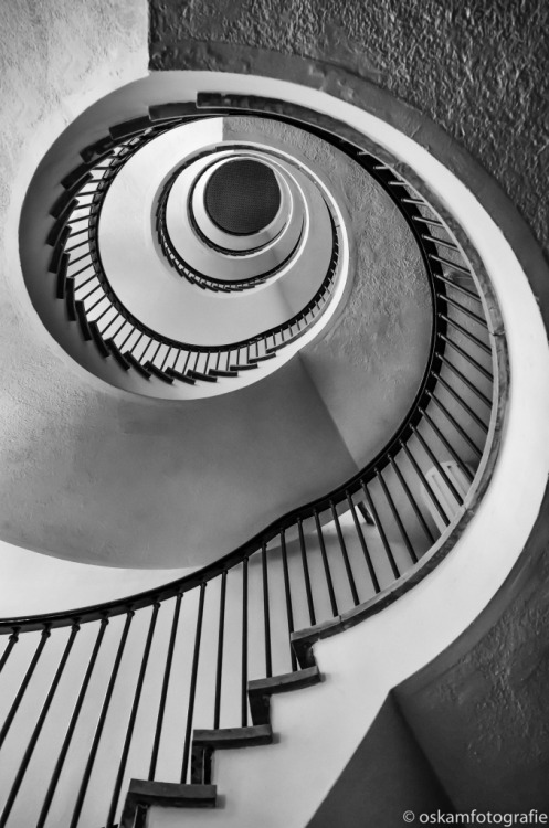 original photographers photogrpahy photographers on tumblr bnw_captures sprialstaircase