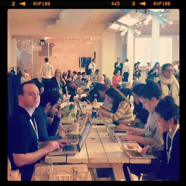 Lunchtime laptops at #iwny
