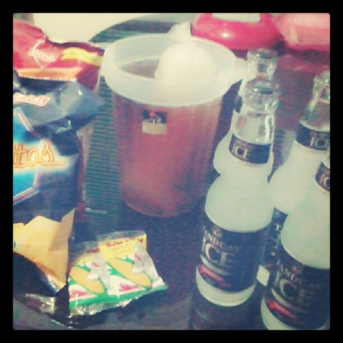 shot tau..! #birthday #party #TagsForLike #photooftheday #t-ice #piattos #nova #icedtea #chicha (at UN Gardens Condominium)