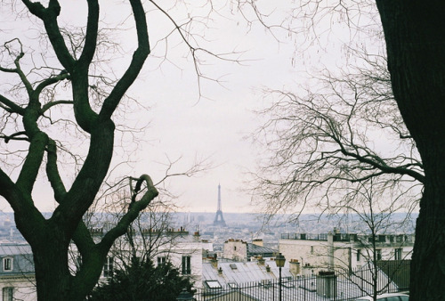 satansbaby:  Montmartre by (clareta) on Flickr.