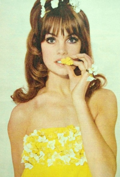 ladiesofthe60s:  Jean Shrimpton for Elle, 1964.