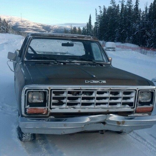That shits the bomb #dodge #truck #dodgeram #shuttle #winter #yukon #v6