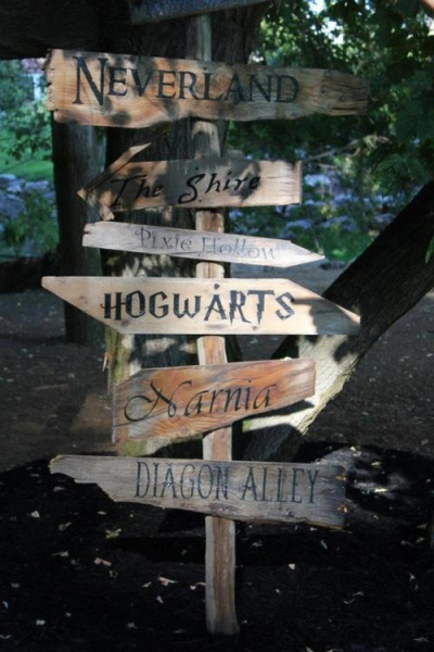 Roads to fairytales on @weheartit.com - http://whrt.it/XJ3baE