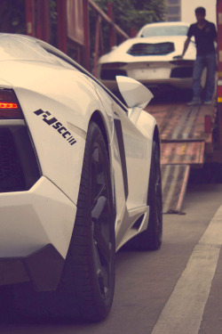themanliness:  Lamborghini LP700-4 | Source | More