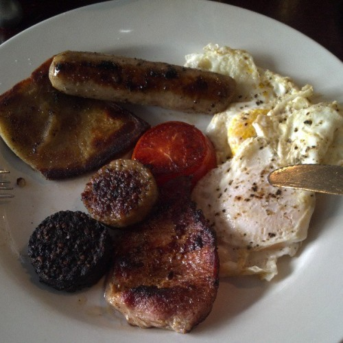 Traditional Irish Breakfast stateside. Yes, that's a rasher. Oh my goodness.