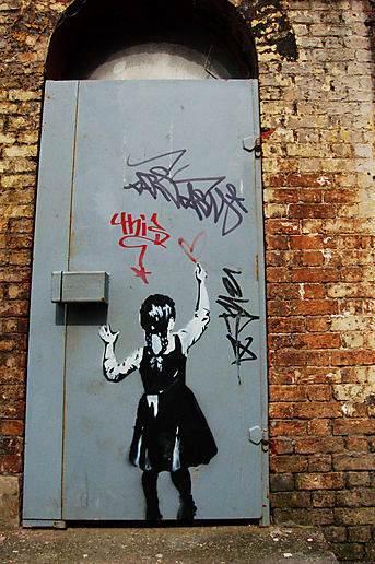 #graffiti banksy