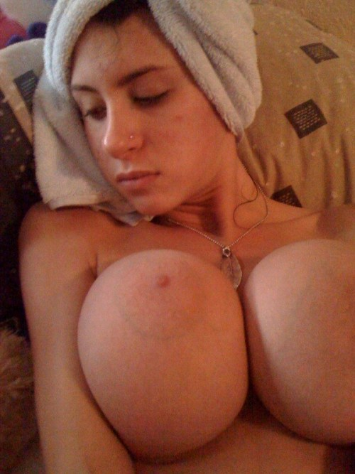 collegeamateurs2:  Big old reclining boobies! Gotta love Texas!!