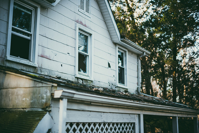 greekg0ds:  Abandoned House by .monodrift