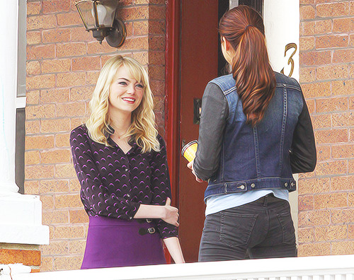 The Amazing Spider-Man 2 | Emma Stone & Shailene Woodley on set