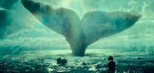 No Coração do Mar: Chris Hemsworth luta pela vida no trailer final