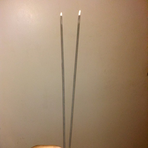 Who still burn incense sticks??? #OceanScent #MoneyHouseBlessing